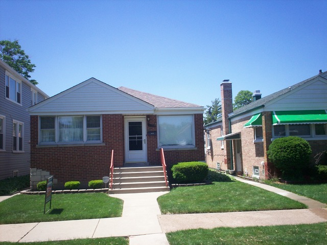 2642 NORTH MELVINA AVENUE CHICAGO, IL 60639